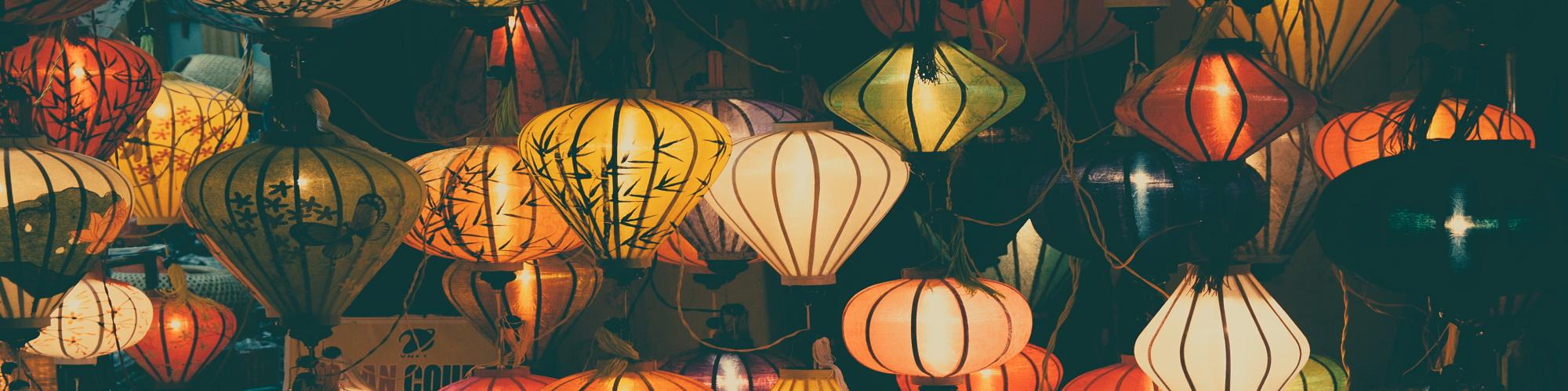 travel vietnam hue