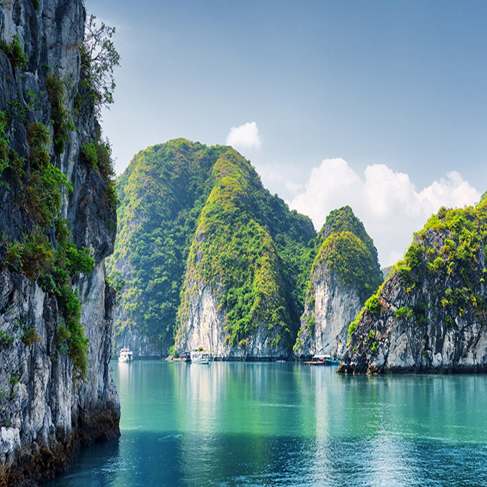 halong cruise honeymoon