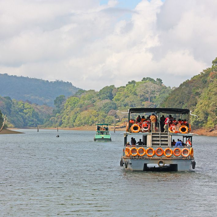 Boat safari, Periyar National Park, India