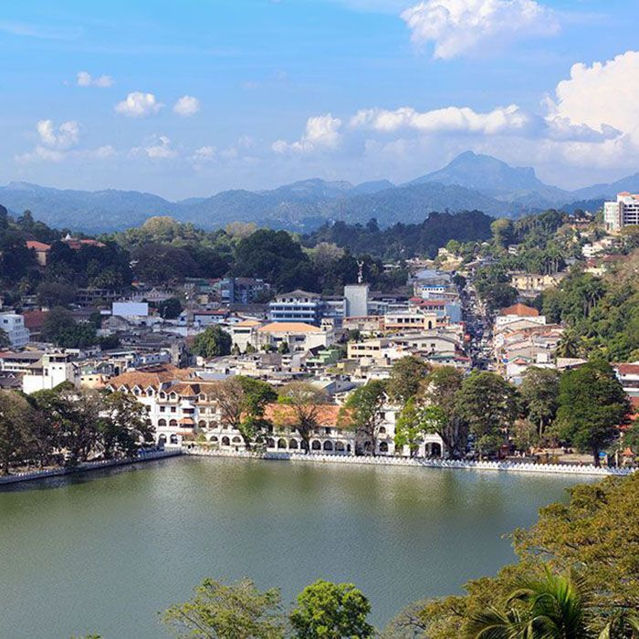 Sri Lanka, Kandy, Lake