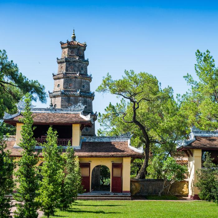 Vietnam, Hue Thien Mu, Pagoda