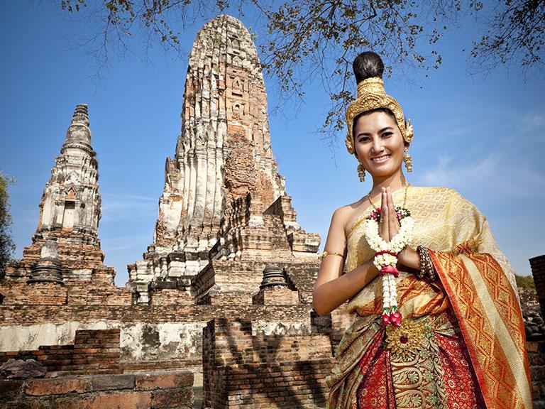 Thai-dancer