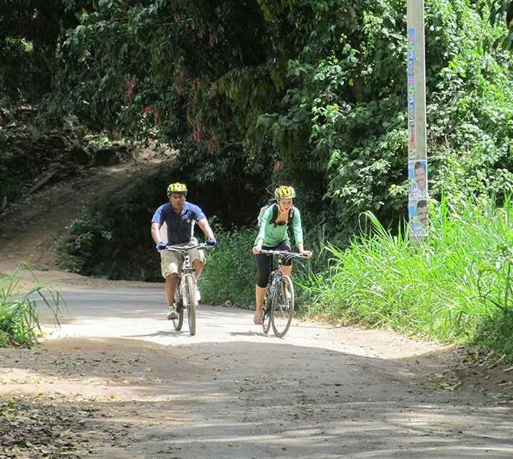 Sri Lanka, Kandy, Cycling tour