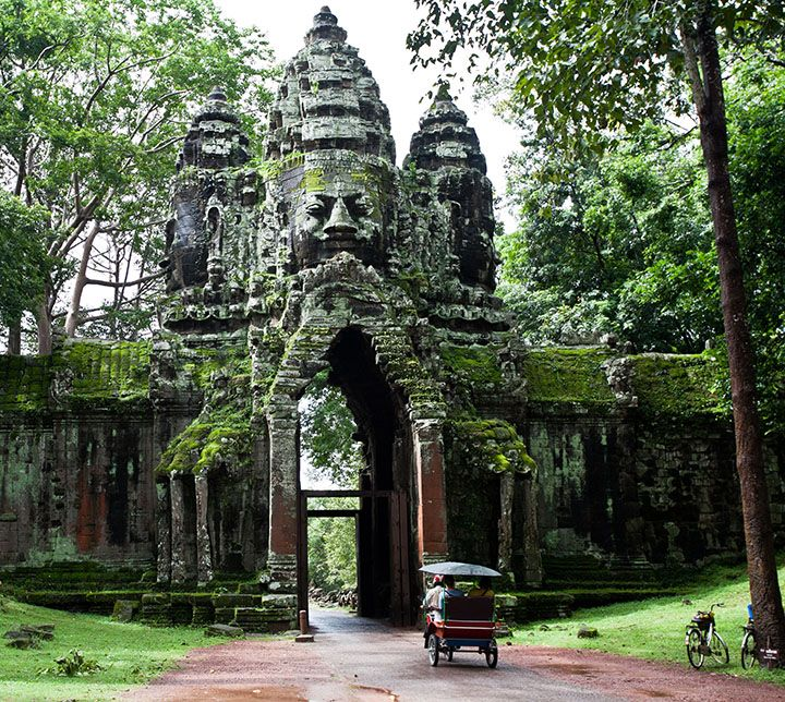 Cambodia, Entrance door, Angkor