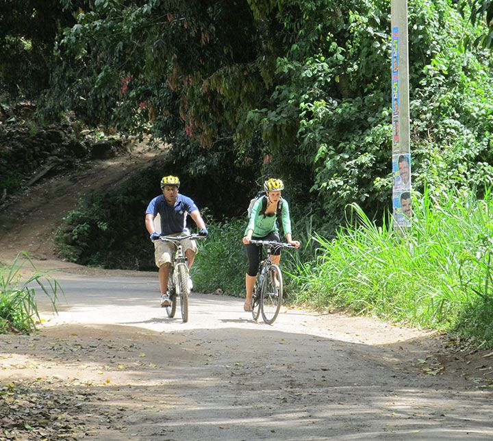 Sri Lanka, Kandy, Cycling tour