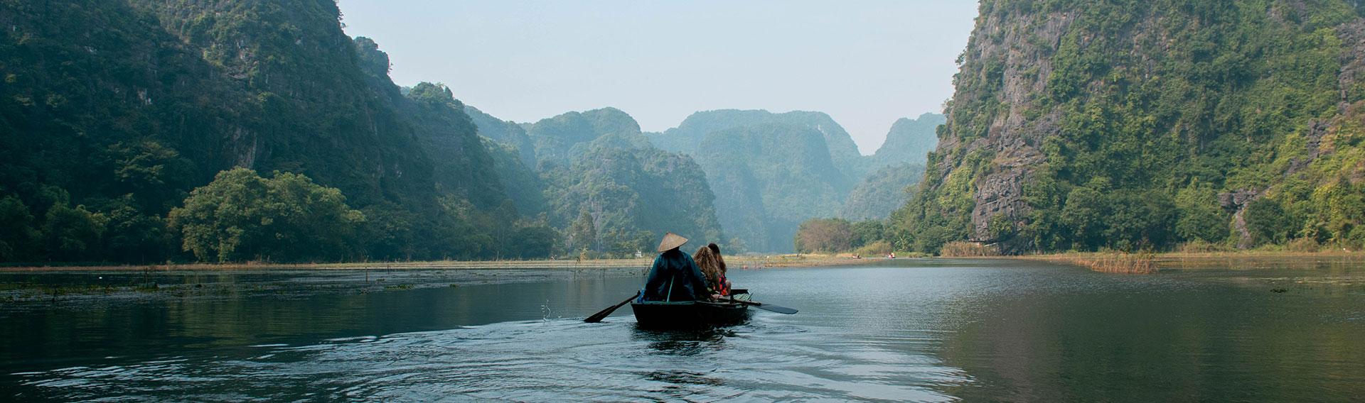 Vietnam, Ninh Binh, Boat cruise