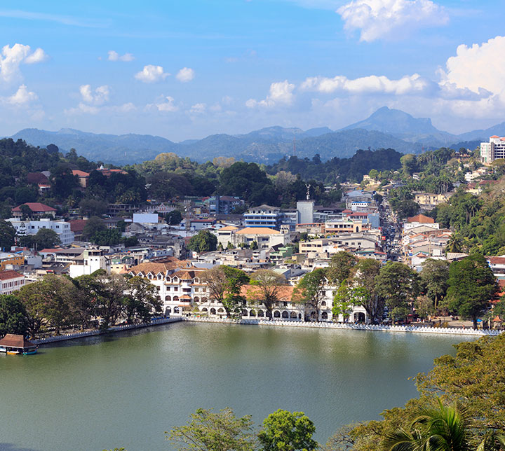Explore Kandy in a day